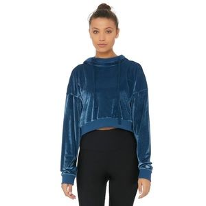 Alo Yoga Layer Long Sleeve Top in Eclipse